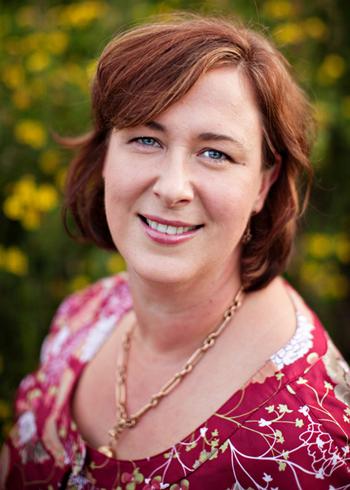 Kim Arnold_profile photo