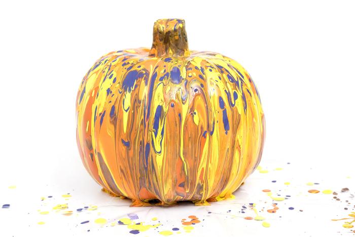348511_AC_ColorPour_Pumpkins-37