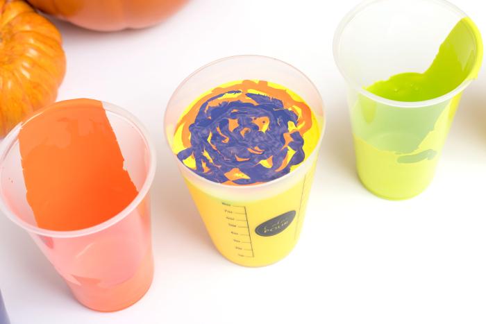 348511_AC_ColorPour_Pumpkins-21