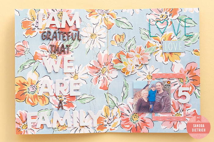 Grateful-mini-album-sandra-dearlizzy-shesmagic-11-WM