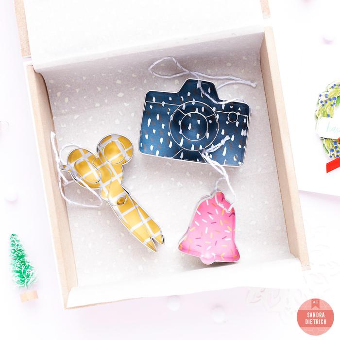 Neighbor-christmas-gift-sandra-ac-2-WM
